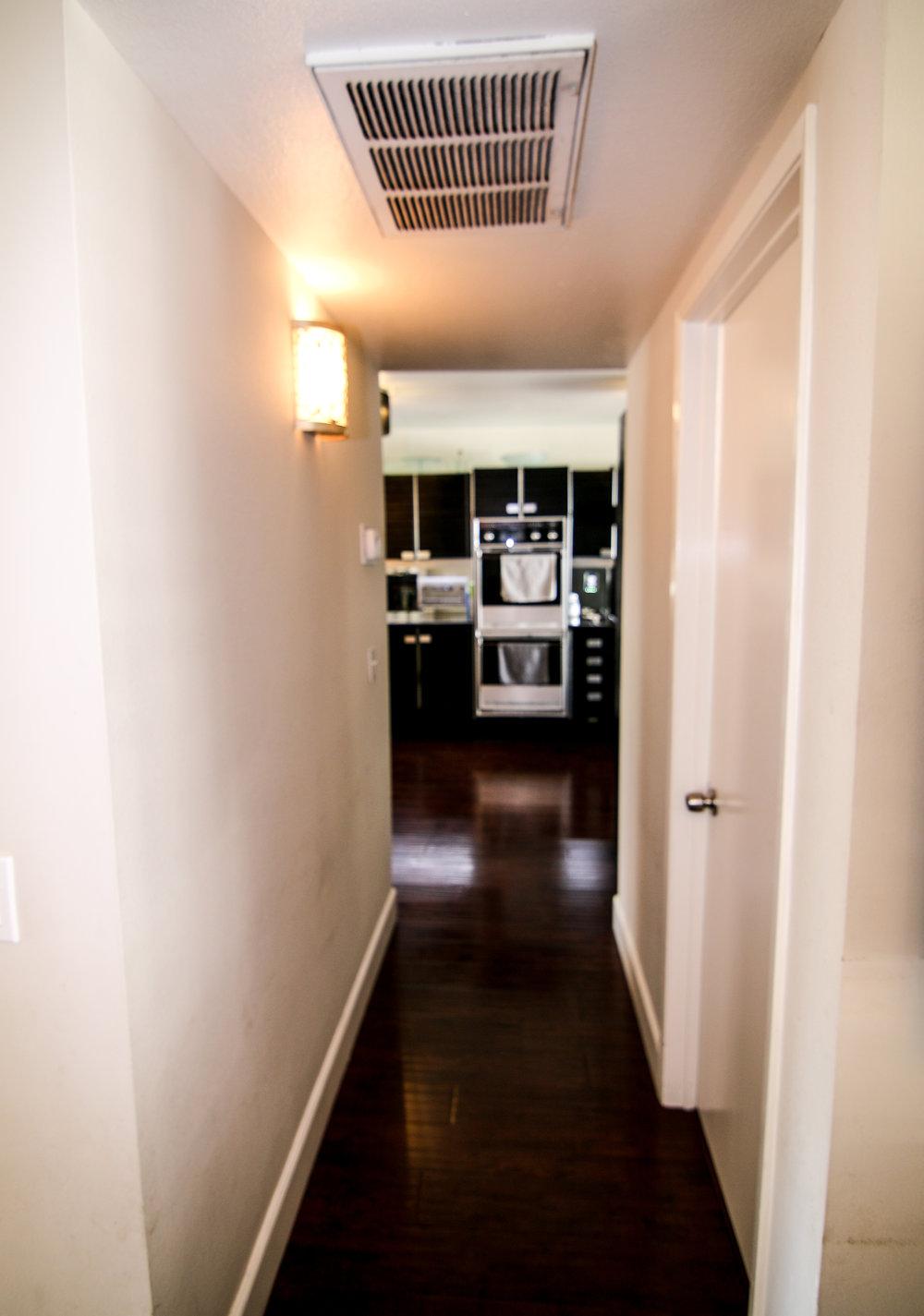 Hallway Facing Kitchen (1 of 1).jpg