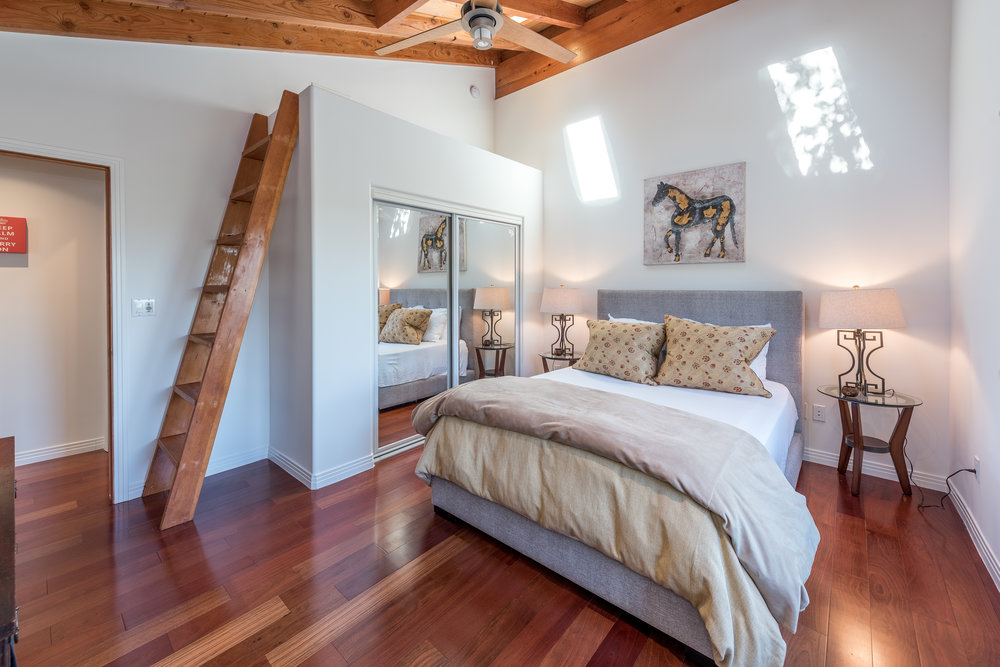 37 Bedroom 2.jpg