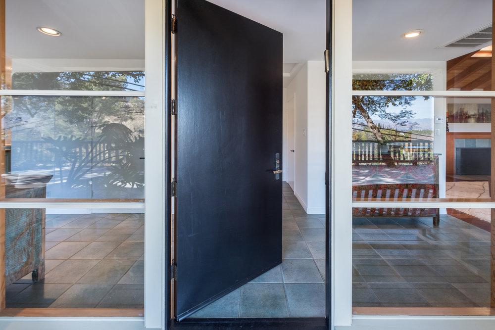 15 Front Door.jpg