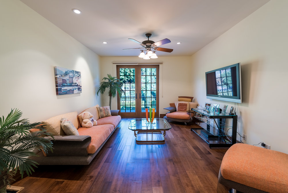 55 Upstairs Family Room.jpg