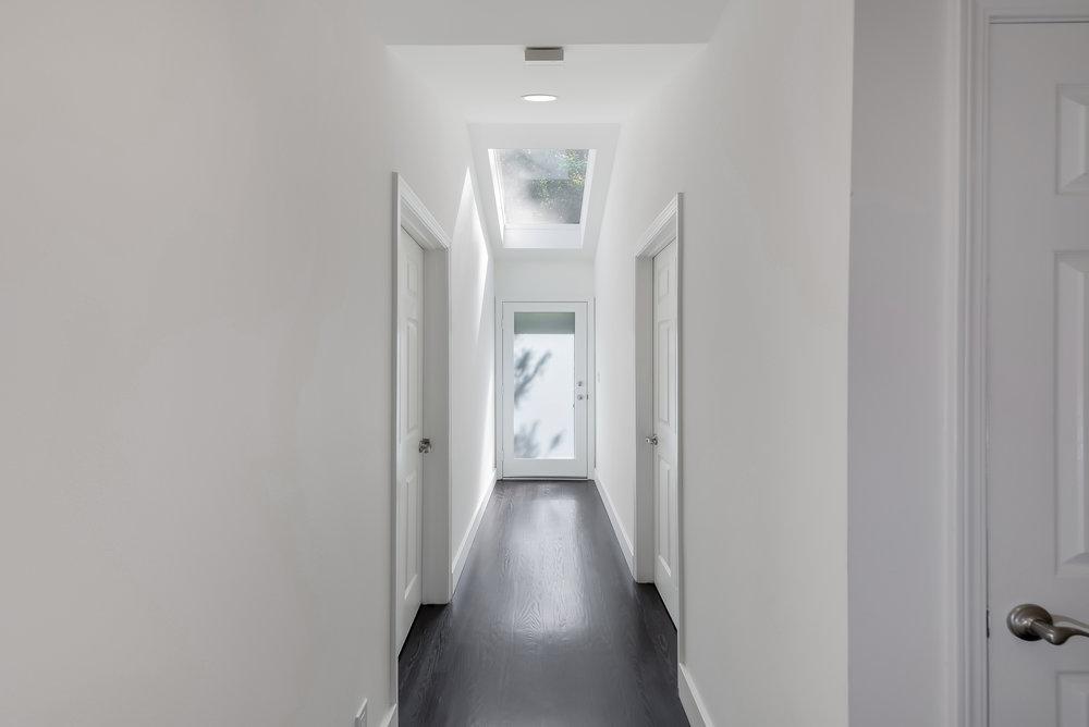 22 Hallway.jpg