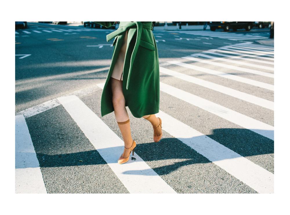 EMILYWINIKER_2019_LEGS-CROSSING-STREET.png