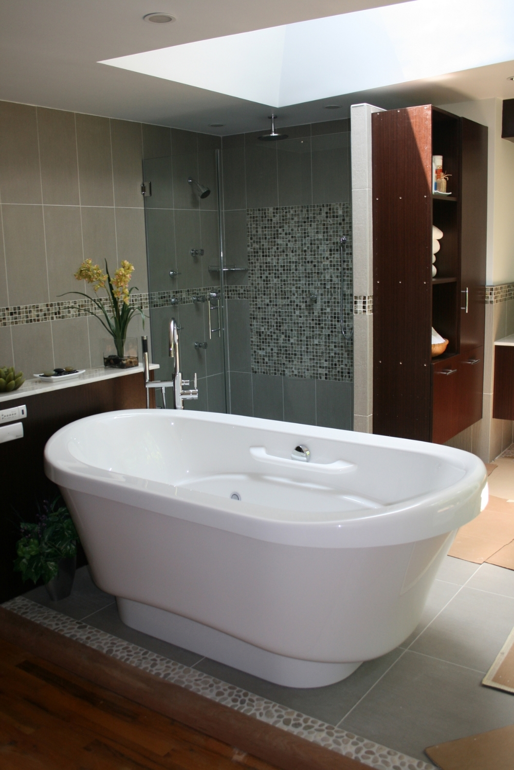 Modern Bathroom Retreat Manhattan New York