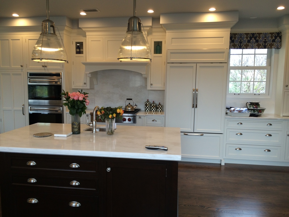 Roslyn Kitchen With Rutt Kitchen Cabinetry