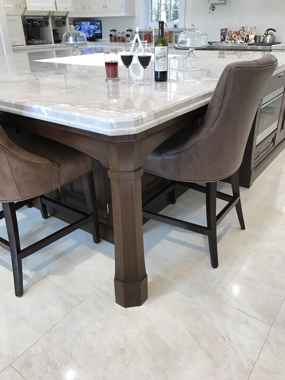 Cabinetry & Design Showroom Long