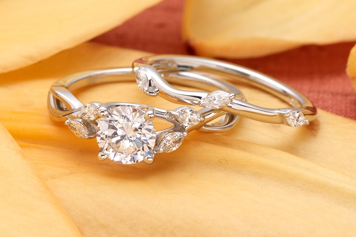 JP-Haase-Jewelers-West-Allis-Milwaukee-Wisconsin-Diamonds-Engagement-Rings-Jewelry-Local-Dealer-Owned-Wedding-Bands