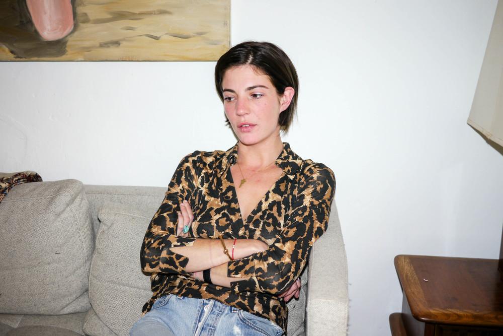 Top, Diane Von Furstenberg ; Jeans, Levi's