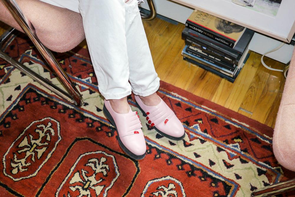 Jeans, Levi's ; Shoes, VIVETTA