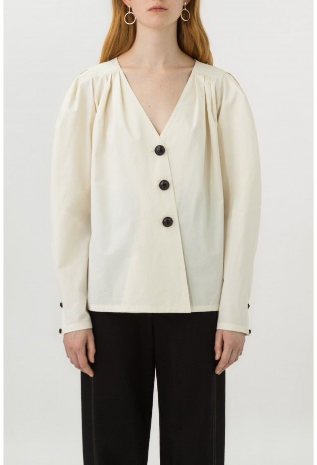 blouse-col-v-profond.jpg