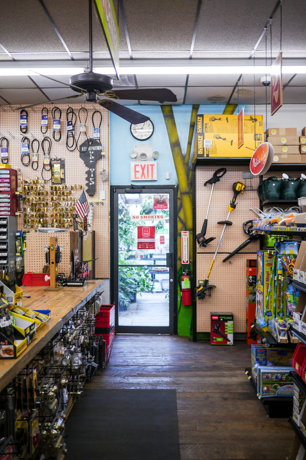 Crest Hardware for Passerbuys68.jpg