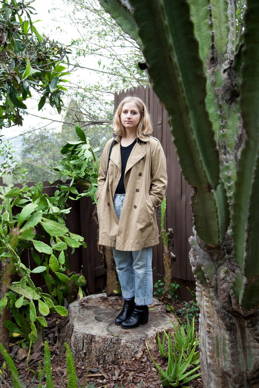 Coat: Madewe   ll, Jeans: Vintage,    Top: Alix   , Boots: Barneys
