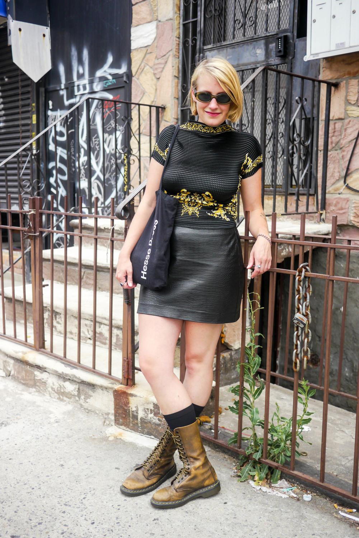 Top:Vintage,Skirt:H&M,Shoes: Dr. Martens,Sunglasses:Gucci,Bag:Hesse Press