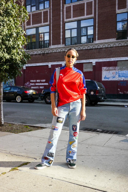 Top: Kappa, Jeans & Bag: Vintage, Sunglasses: Beacon's Closet,    Shoes:Vans