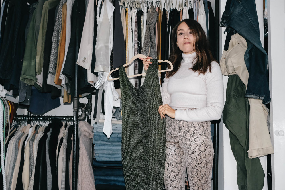 Trench, Yang Li Men ; T-Shirt, Vintage ; Choker, Vintage YSL ; Pants, Sonia Rykiel