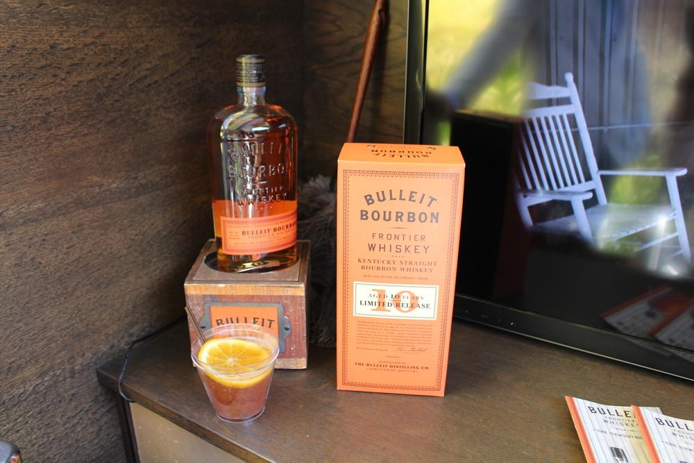 Bulleit Bourbon & Bulleit 10.jpg