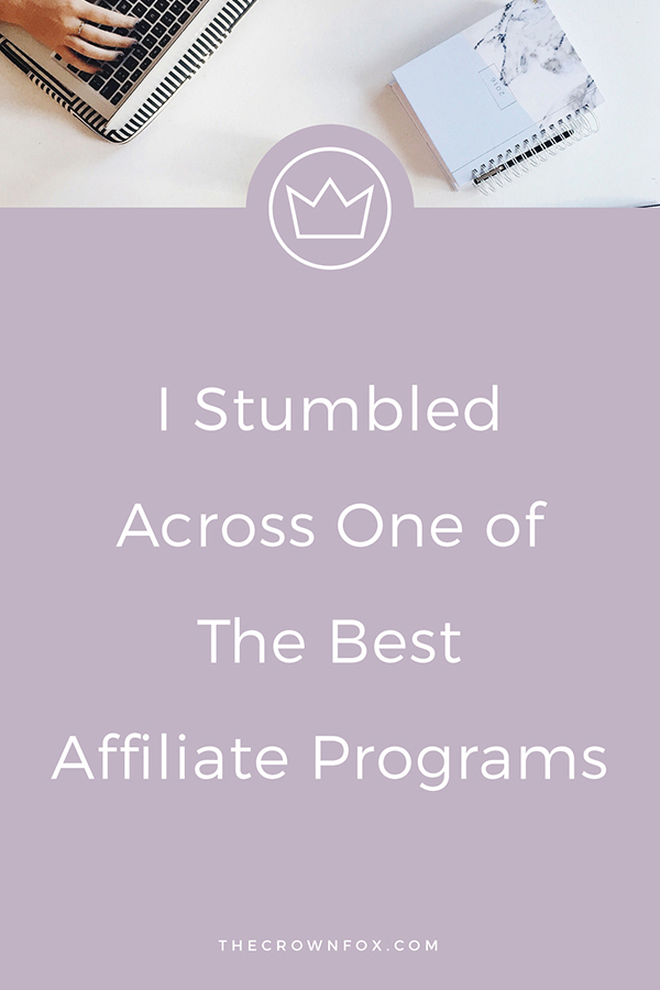 Earning Money through your blog with affiliate marketing doesn't have to be difficult. As a service based business this isn't my primary focus, but an opportunity to work with Ultimate Bundles seems to good to pass up. Click here to learn more! | www.TheCrownFox.com | Graphic Design Assistant for Creative Entrepreneurs #affiliatemarketing #affiliateprogram