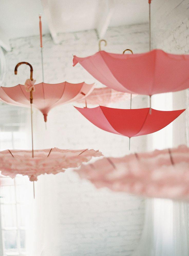 Vintage Umbrella Rentals | Bella Umbrella | Anne Robert Photography