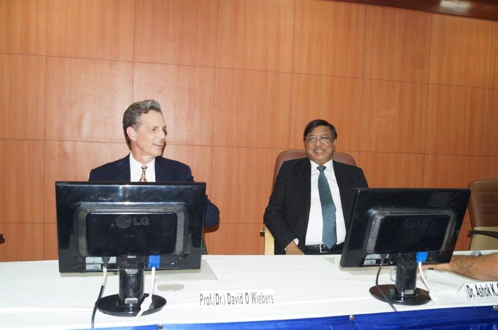 David Wiebers, M.D., at Amity University Delhi campus with Amity Chancellor Dr. Ashok Chauhan on November 9, 2015.