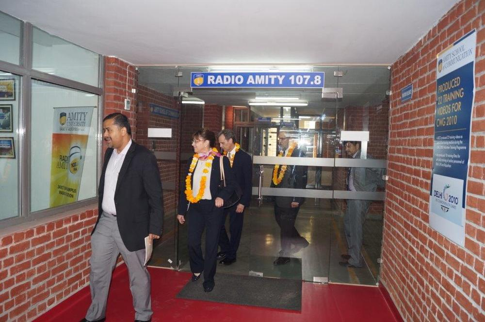 David Wiebers, M.D., and colleague Steve Ann Chambers from TOR Group, LLC, touring the radio/television communication laboratory at Amity University's Delhi campus on November 9, 2015.