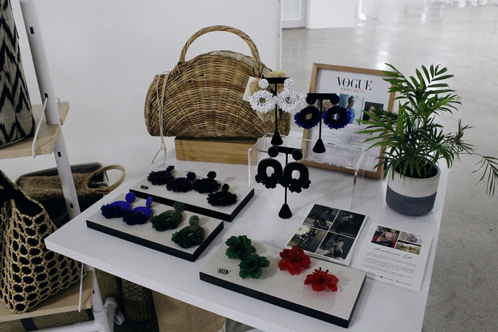 Accessories by  Accoutrements LA