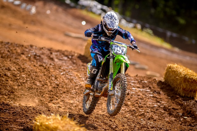 5 reasons why riding a dirt bike makes you a better street rider