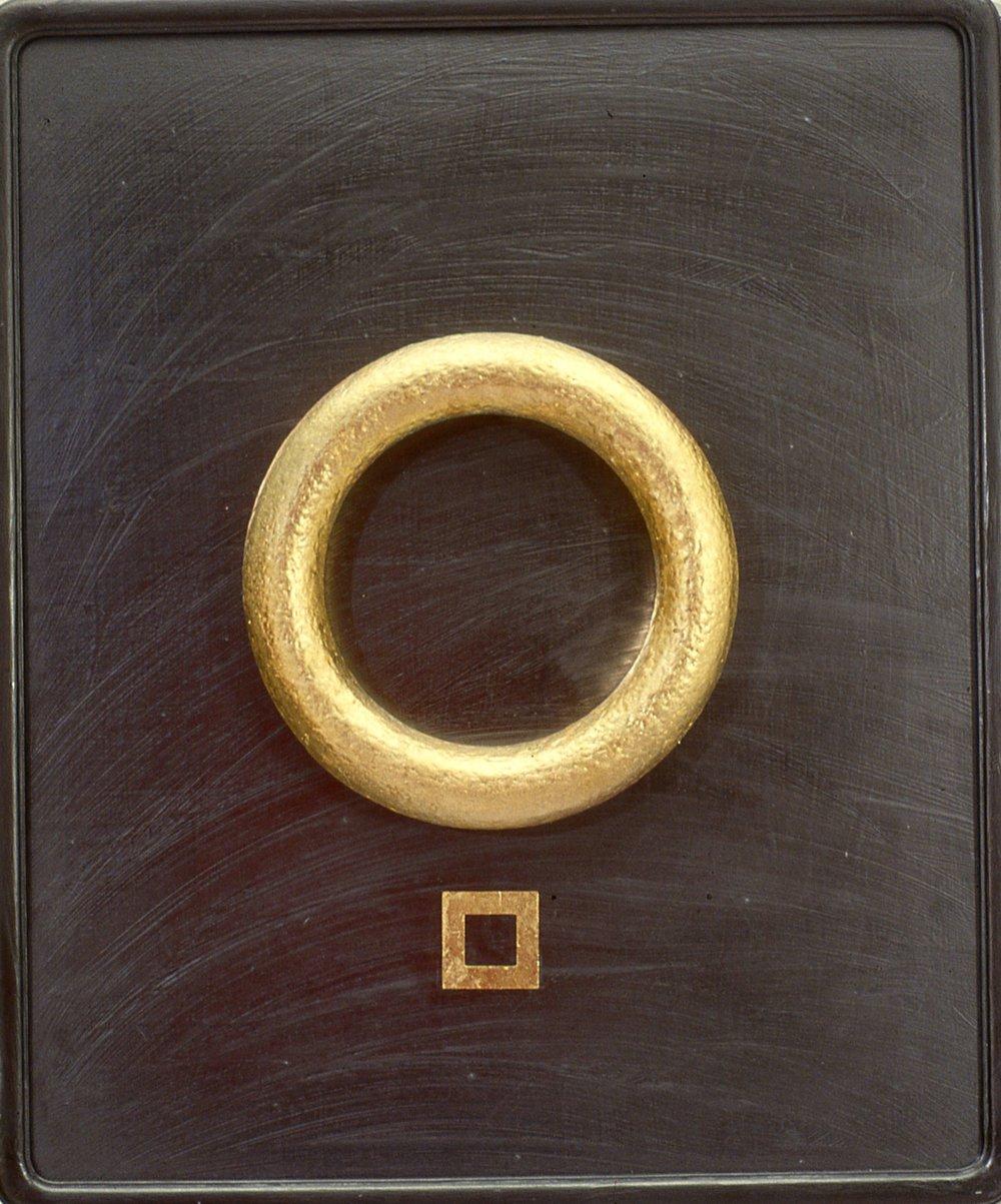 Ring    gold leaf/graphite