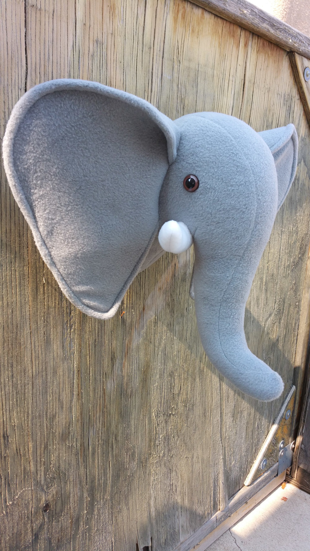 HUGHES cathie - elephant head.jpg