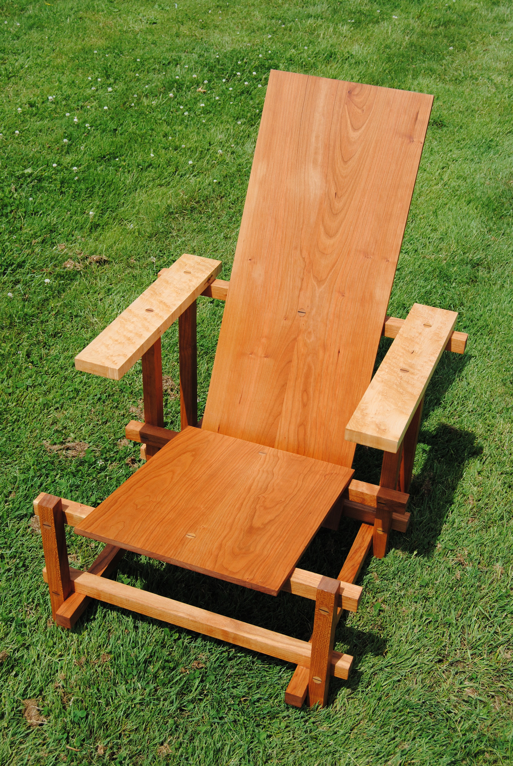 maple walnut chair oblique.jpg