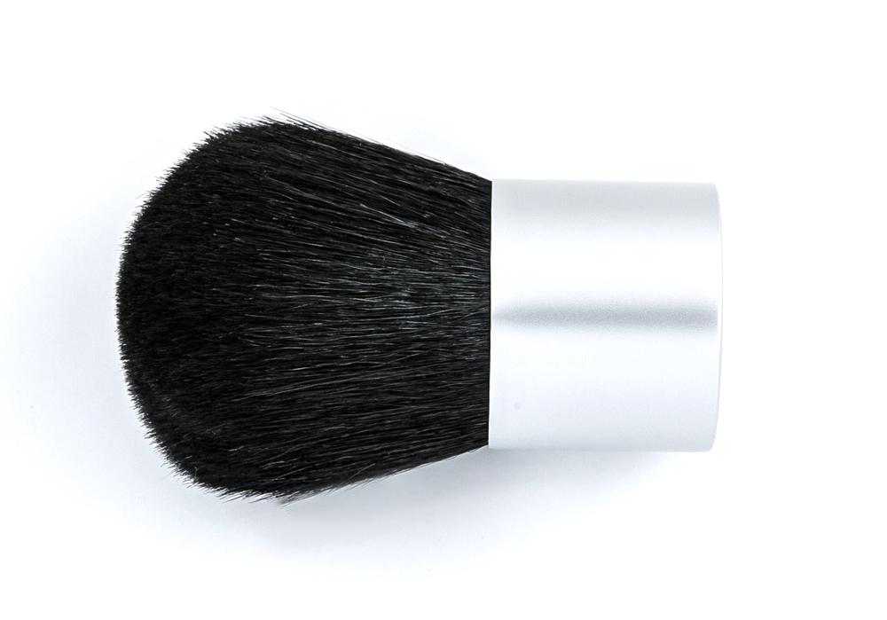 Plat Kabuki brush.jpg