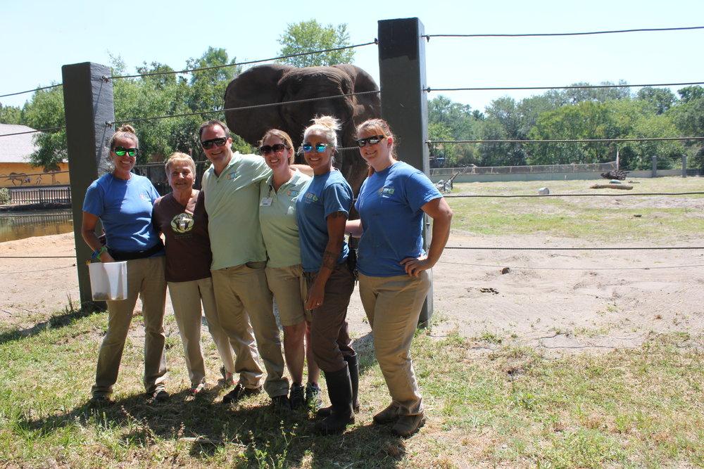 Jacksonville Zoo crew