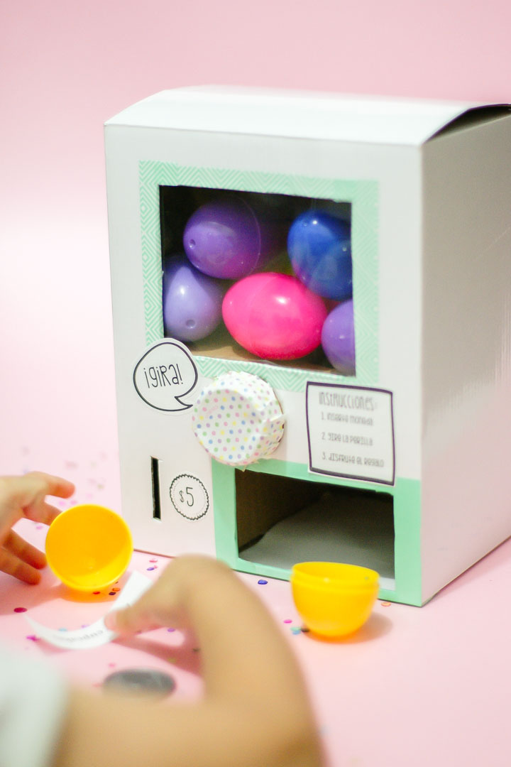 DIY_Egg_surprise_machine-1-8.JPG