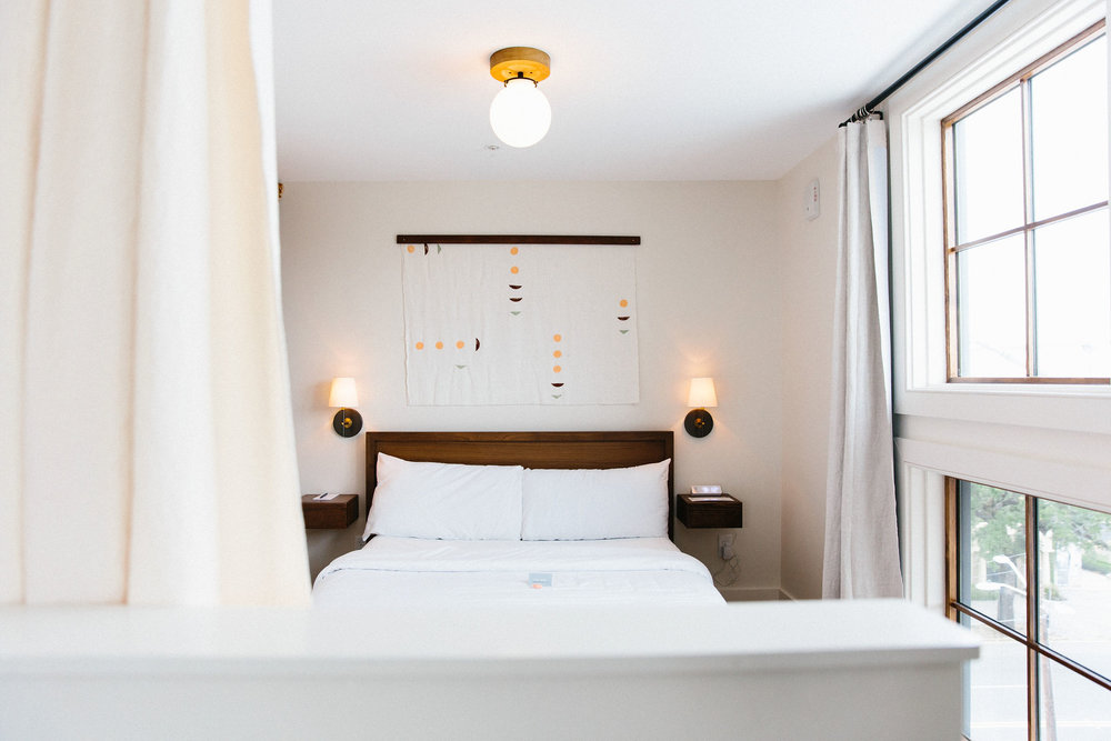 FlourishCollaborative_WindroseHotel_Bedroom.png