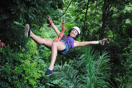 canopy-zipline3.jpg