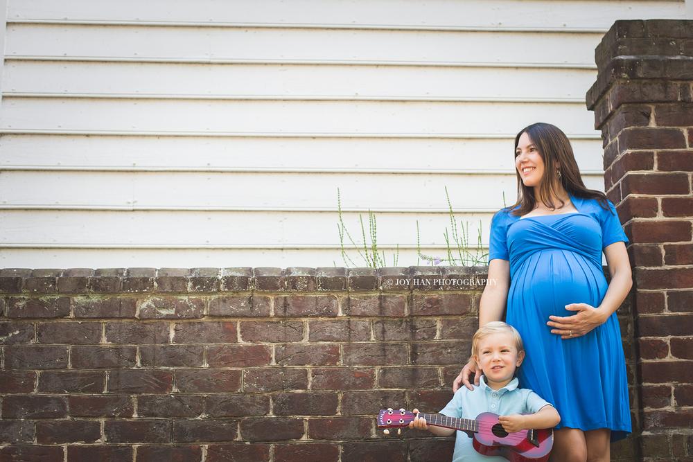 Best Maternity Photographer in Bristow VA