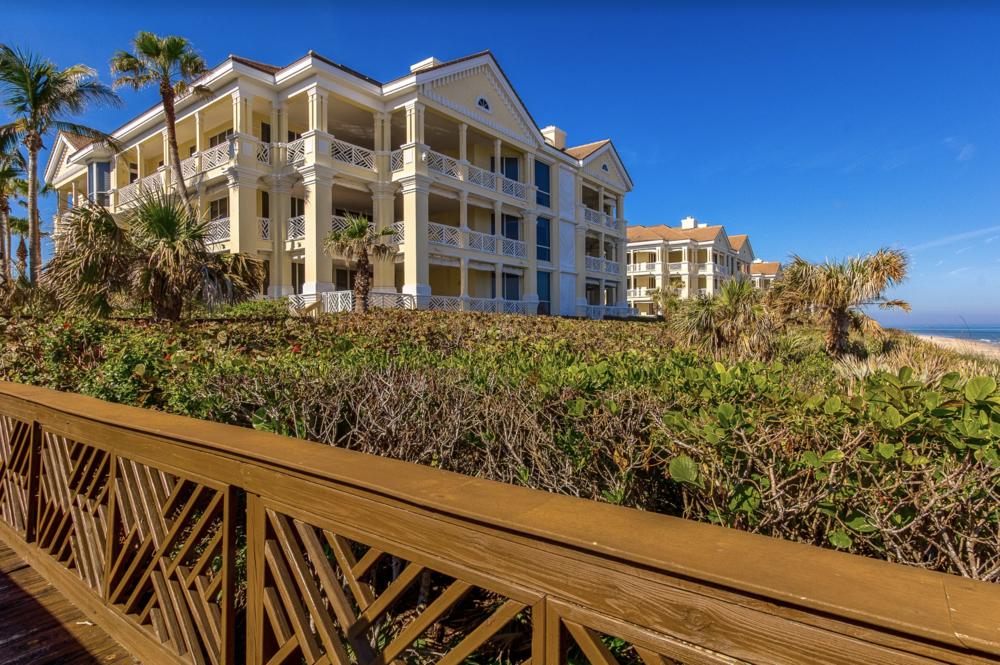 200 Beachview Drive I  Property Website