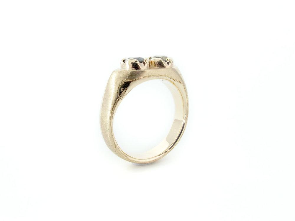 ouroboros sapphire signet ring3.jpg