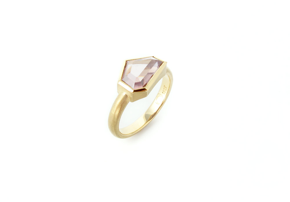 australian zircon gold ring 5.jpg