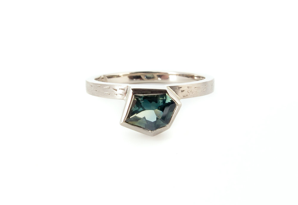 teal australian freefrom sapphire engagment ring