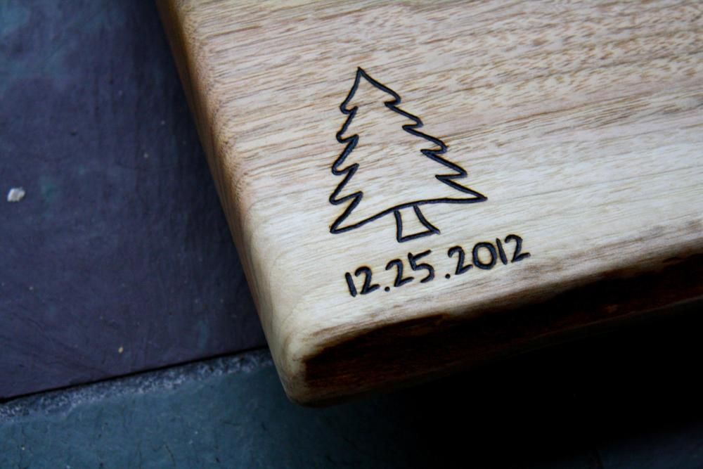 Christmas Tree Engraving with date