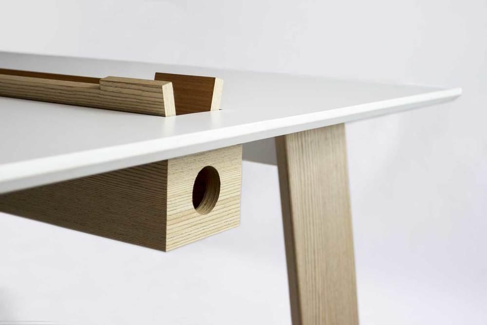 LR_Desk1.jpg