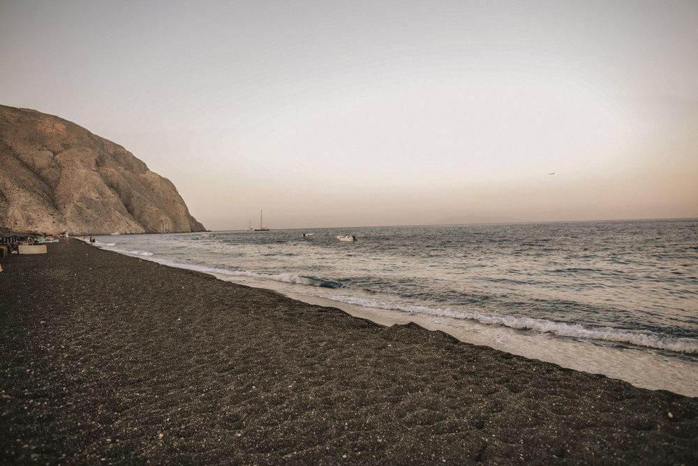Perissa beach.