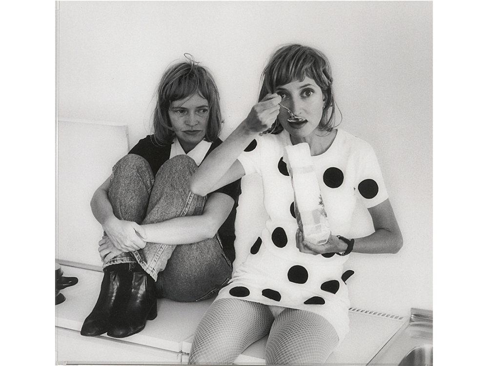 Rosemarie Trockel, Idiotin der Familie IV, 1996, Photo: Nic Tenwiggenhorn © Rosemarie Trockel