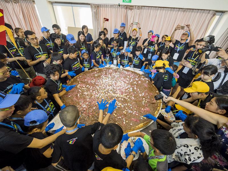 Camp Rainbow 2016_Pizza.jpg