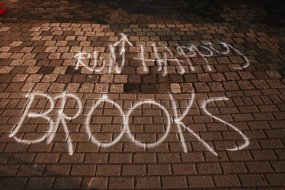 LOWRES-BROOKS-RUN-HAPPY-ESSEN-0506.jpg