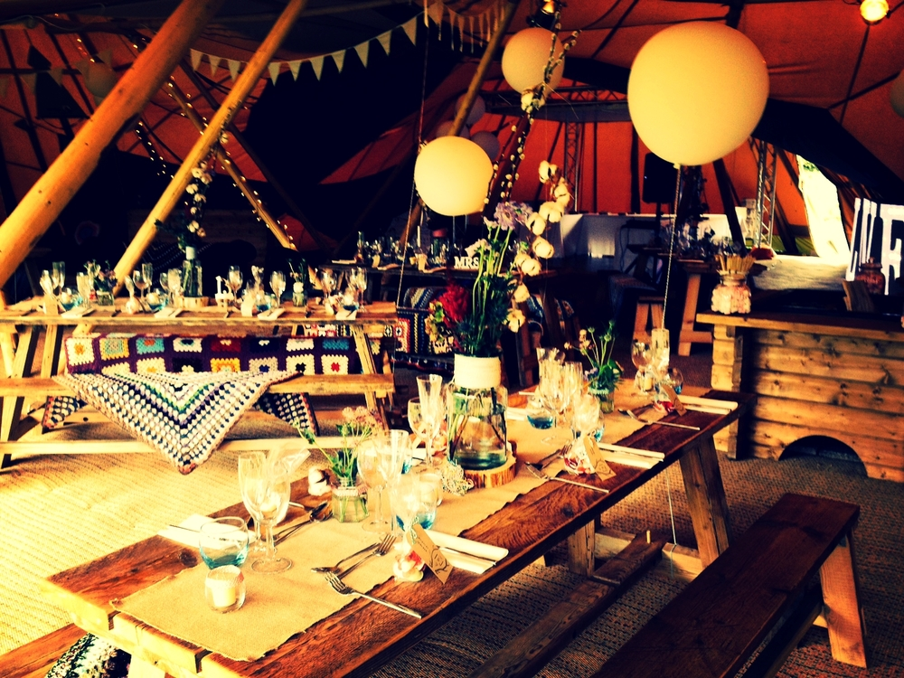 Decorative tipi interiors