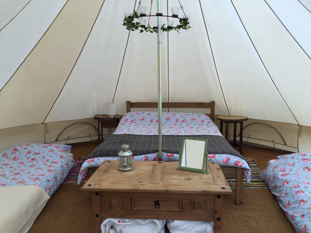 bell tent interior 3 2017.jpg