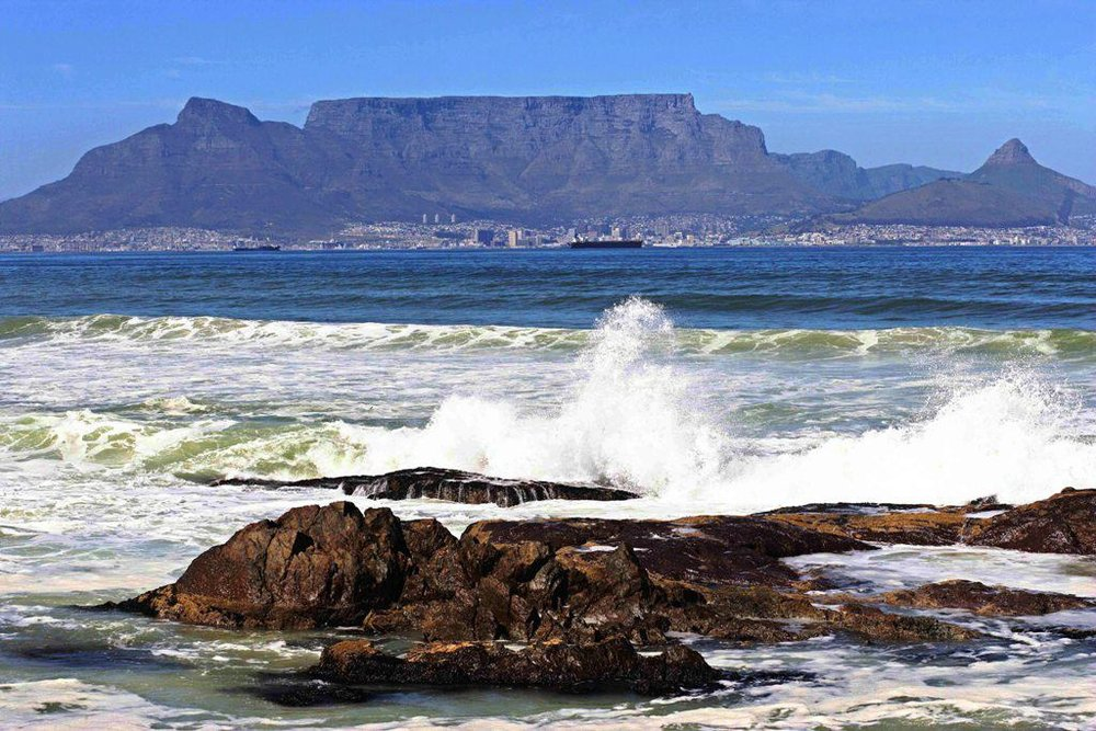 CapeTown-Table-Mountain-Daytime.jpg