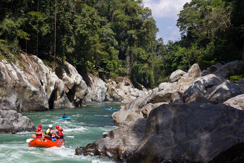 Recorido touristico en el Rio Samana, Jules Domine.jpg