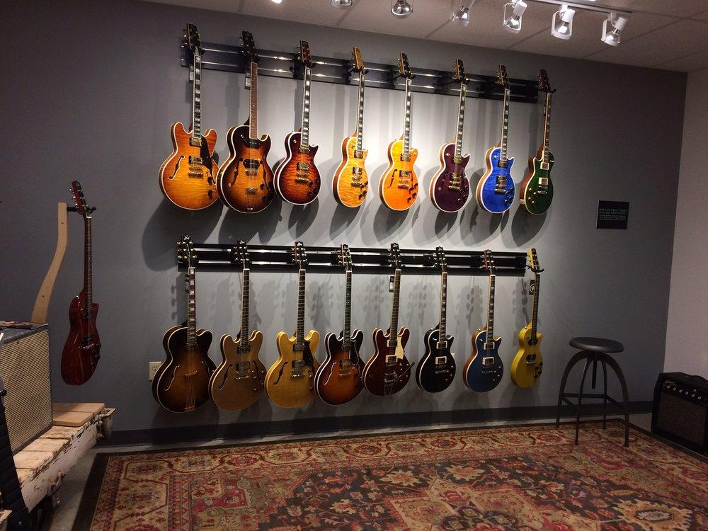 Heritage Guitar Inc - pic 2.JPG