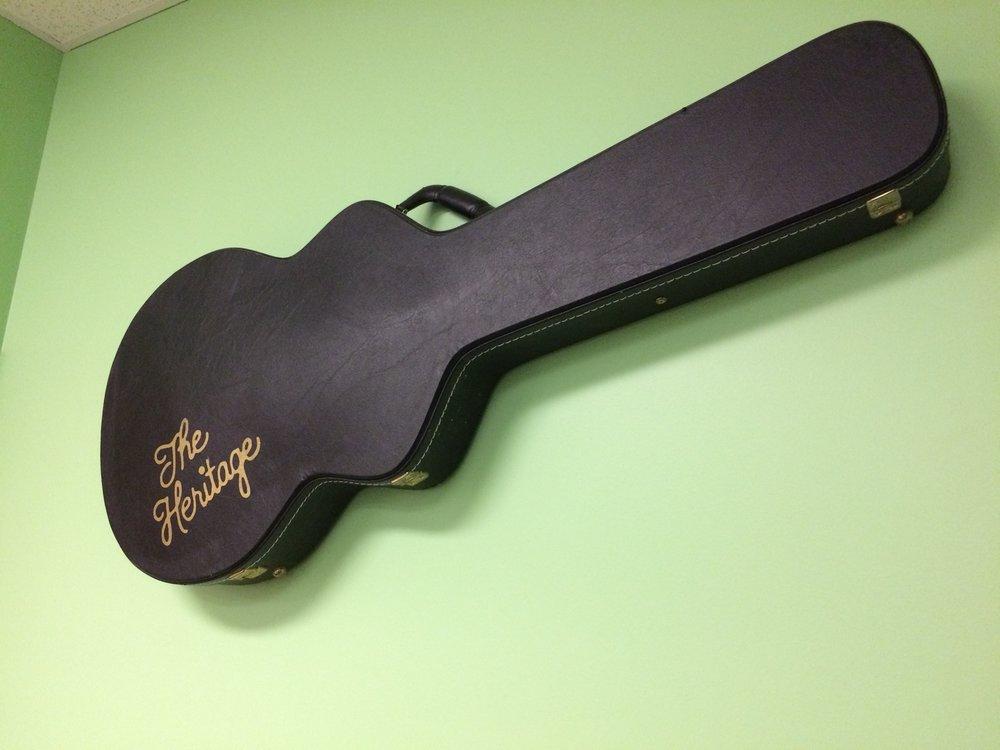 Heritage Guitar Inc - pic 1.JPG